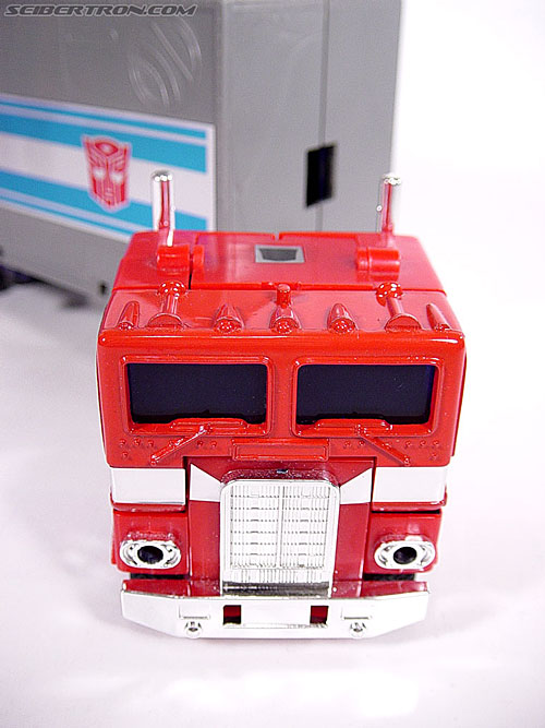 Transformers G1 1984 Optimus Prime (Convoy)  (Reissue) (Image #4 of 83)