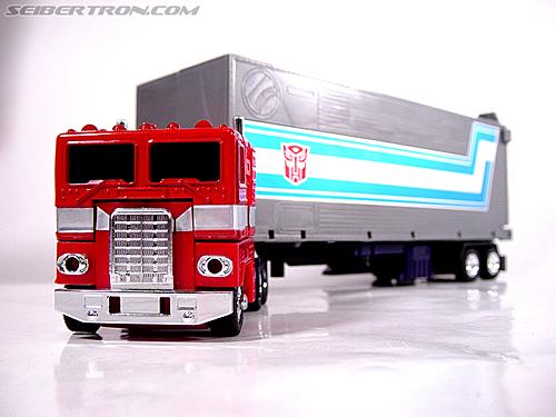 Transformers G1 1984 Optimus Prime (Convoy)  (Reissue) (Image #8 of 83)