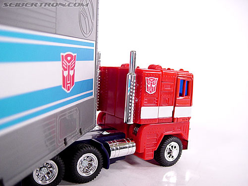 Transformers G1 1984 Optimus Prime (Convoy)  (Reissue) (Image #14 of 83)