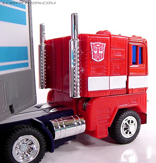Transformers G1 1984 Optimus Prime (Convoy)  (Reissue) (Image #15 of 83)