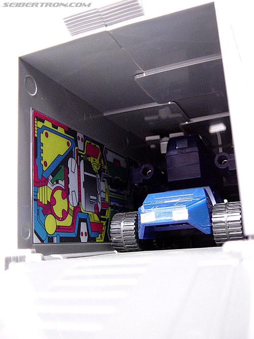 Transformers G1 1984 Optimus Prime (Convoy)  (Reissue) (Image #19 of 83)