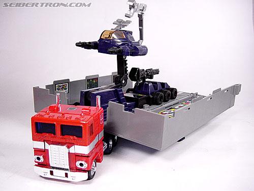 Transformers G1 1984 Optimus Prime (Convoy)  (Reissue) (Image #25 of 83)