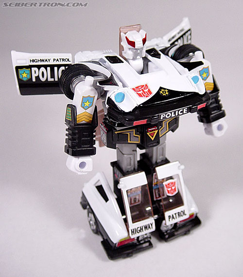 Transformers G1 1984 Prowl (Reissue) (Image #29 of 49)