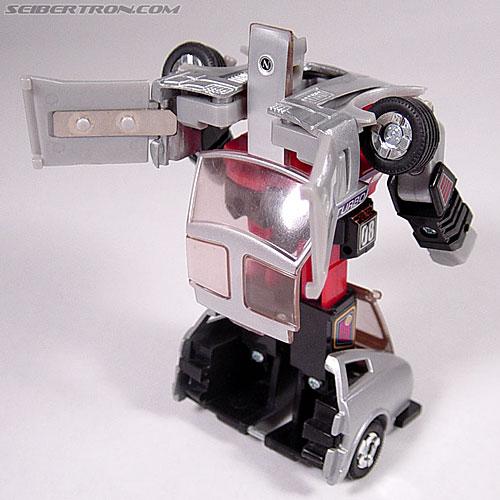 Transformers G1 1984 Bluestreak (Silverstreak) (Streak)  (Reissue) (Image #29 of 49)