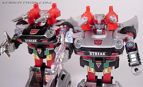 Transformers G1 1984 Bluestreak (Silverstreak) (Streak)  (Reissue) (Image #45 of 49)