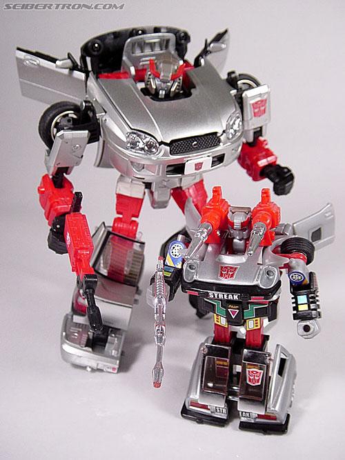Transformers G1 1984 Bluestreak (Silverstreak) (Streak)  (Reissue) (Image #46 of 49)