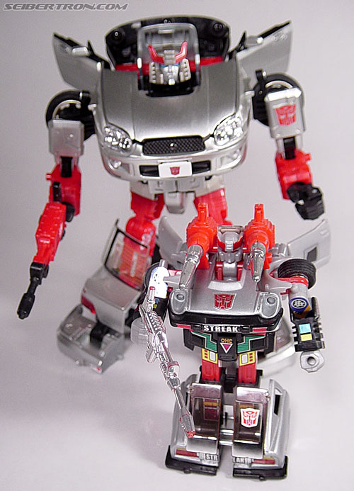 Transformers G1 1984 Bluestreak (Silverstreak) (Streak)  (Reissue) (Image #47 of 49)