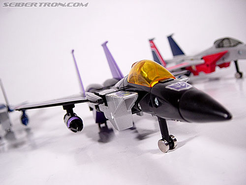 Transformers G1 1984 Skywarp (Image #4 of 37)