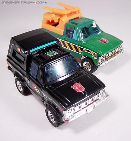 Transformers G1 1984 Trailbreaker (Image #18 of 57)