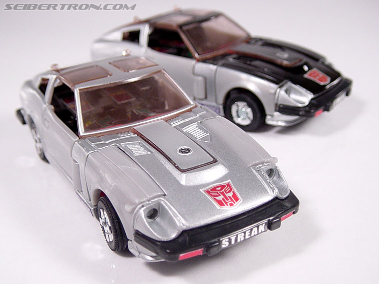 Transformers G1 1984 Bluestreak (Silverstreak) (Streak)  (Reissue) (Image #20 of 49)