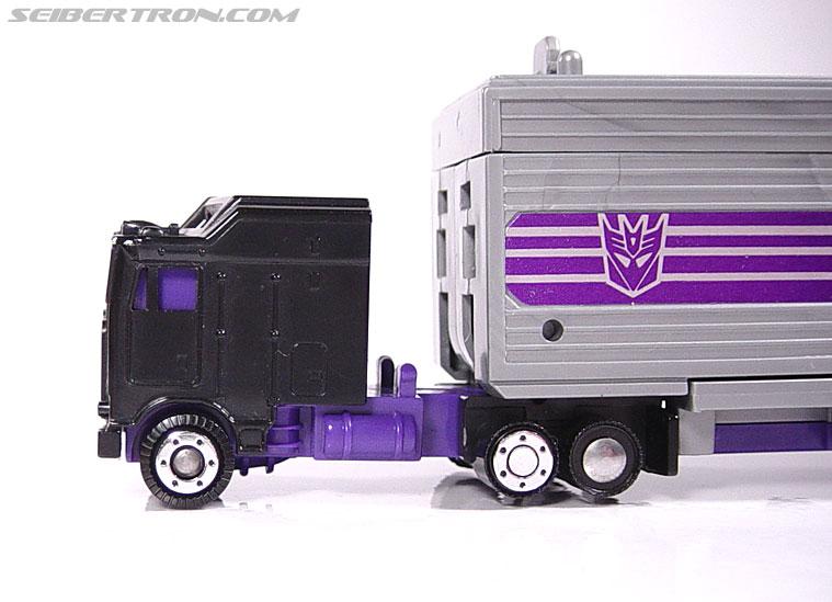 Transformers G1 1986 Motormaster (Image #18 of 76)