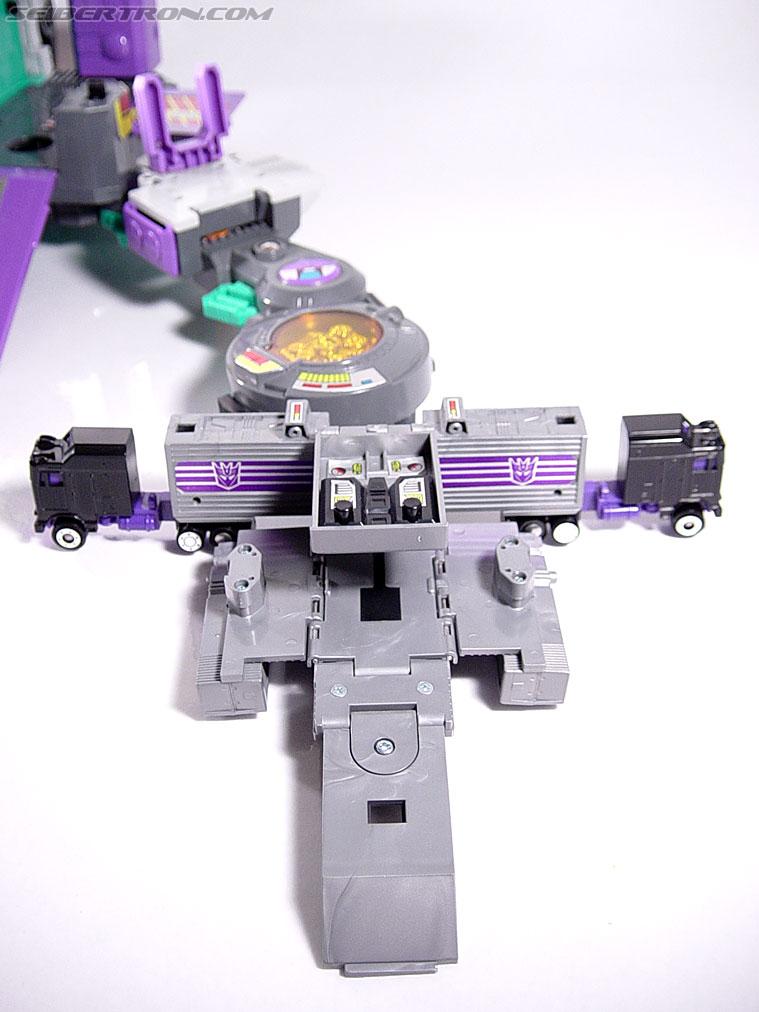 Transformers G1 1986 Motormaster (Image #25 of 76)
