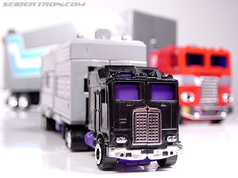 Transformers G1 1986 Motormaster (Image #43 of 76)