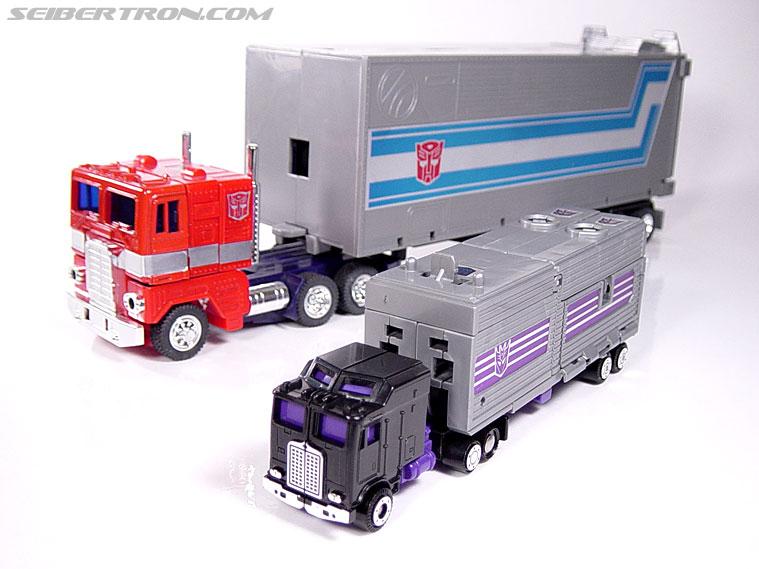 Transformers G1 1986 Motormaster (Image #44 of 76)