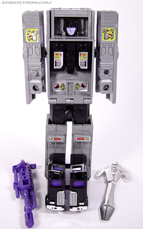 Transformers G1 1986 Motormaster (Image #49 of 76)