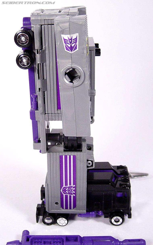 Transformers G1 1986 Motormaster (Image #54 of 76)