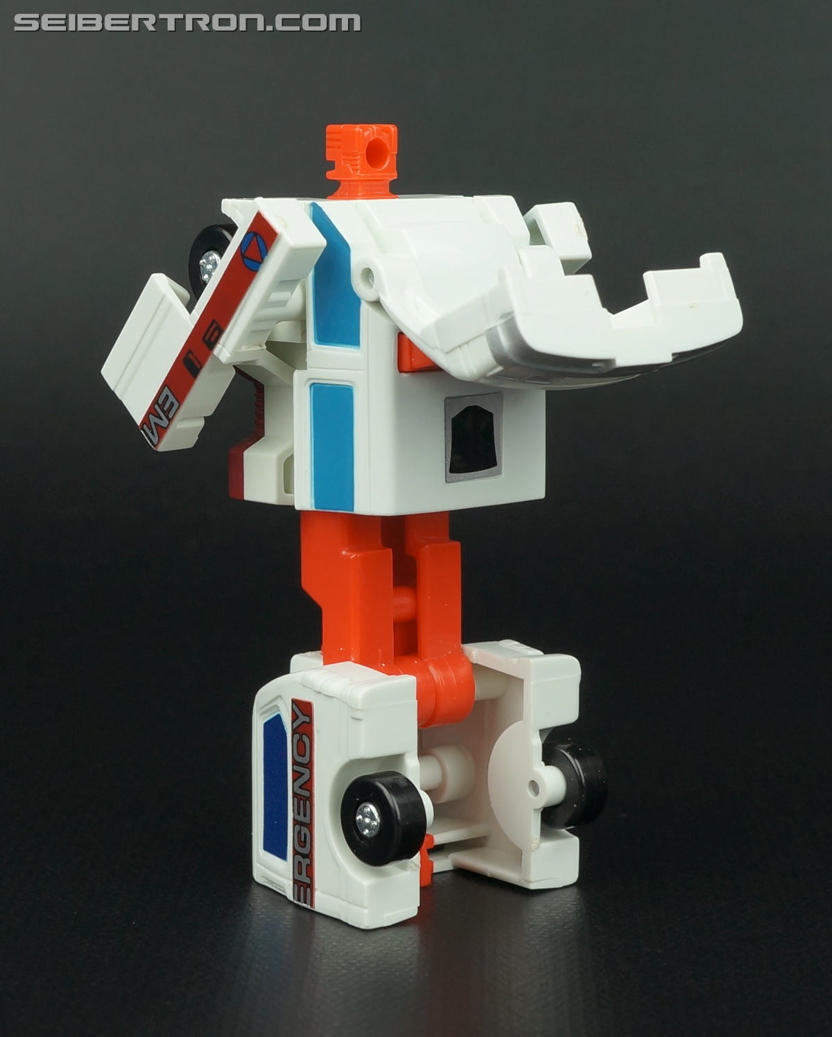 Transformers G1 1986 First Aid (Image #51 of 78)