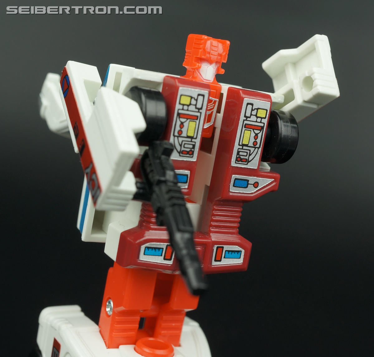 Transformers G1 1986 First Aid (Image #67 of 78)