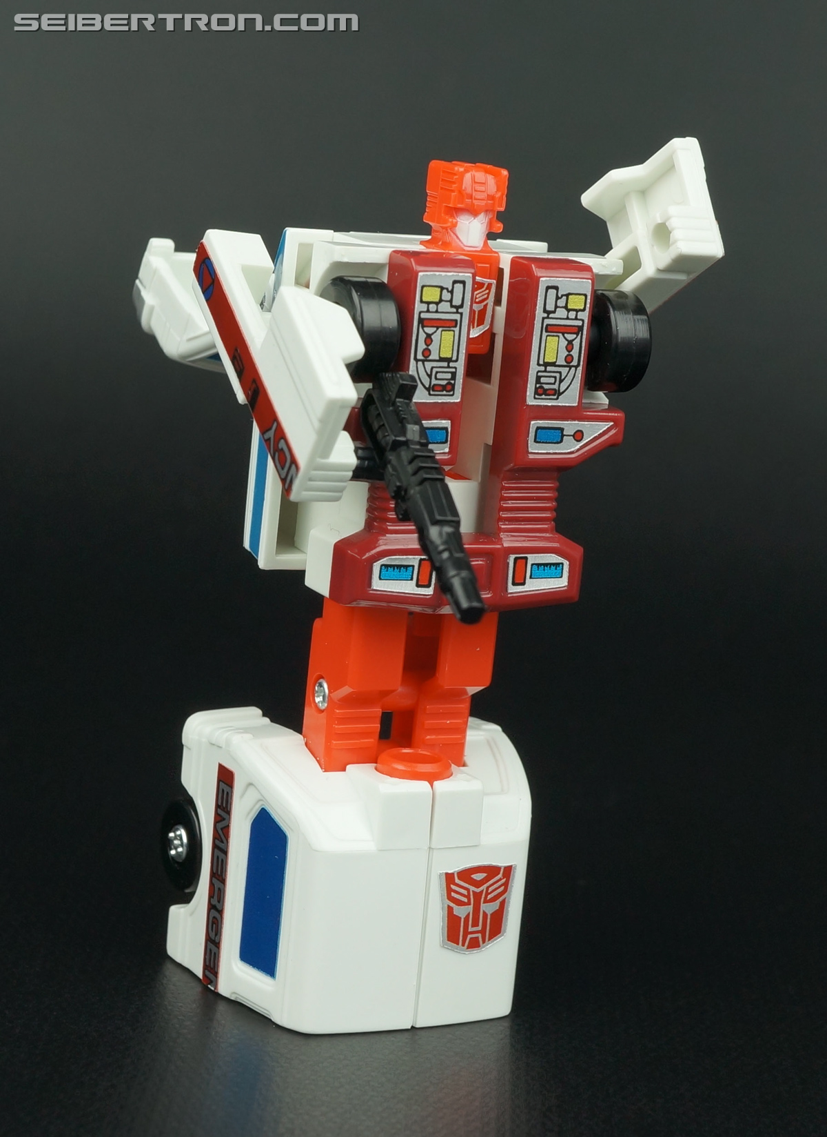 Transformers G1 1986 First Aid (Image #69 of 78)