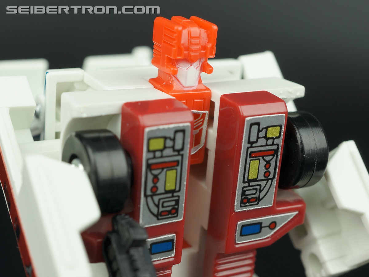 Transformers G1 1986 First Aid (Image #71 of 78)