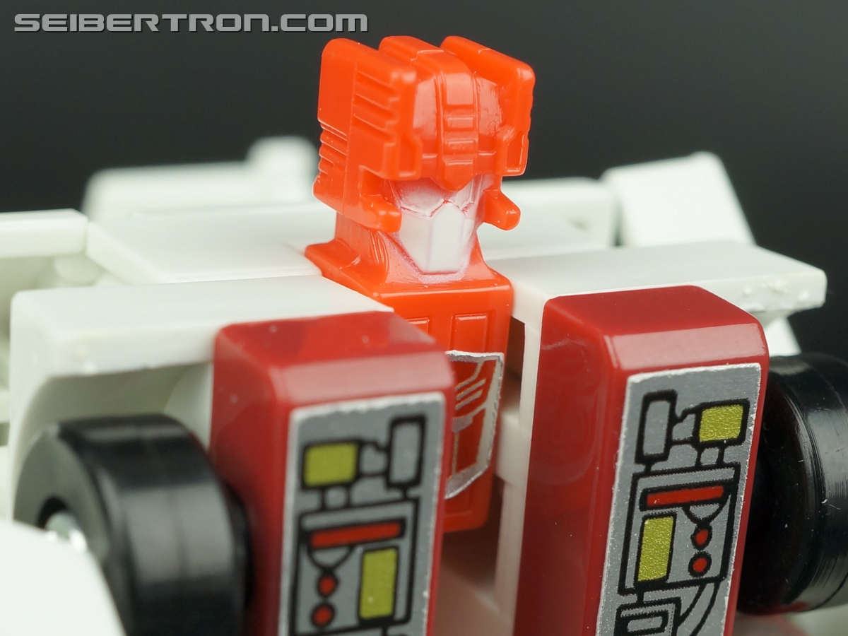 Transformers G1 1986 First Aid (Image #72 of 78)
