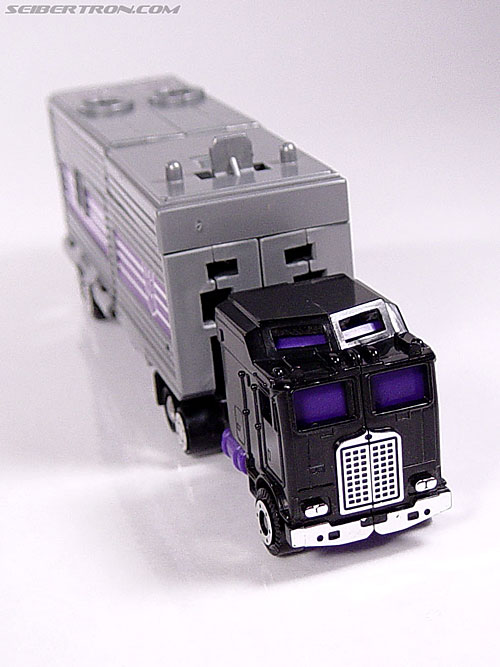 Transformers G1 1986 Motormaster (Image #7 of 76)
