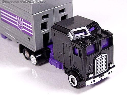 Transformers G1 1986 Motormaster (Image #9 of 76)
