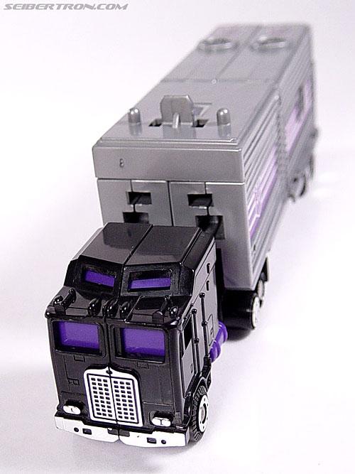 Transformers G1 1986 Motormaster (Image #23 of 76)