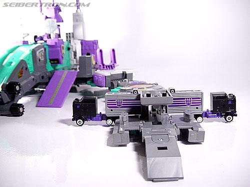 Transformers G1 1986 Motormaster (Image #24 of 76)