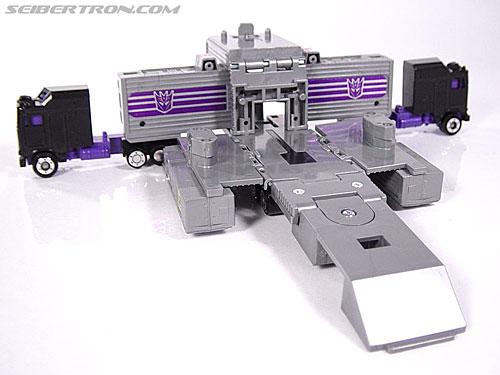 Transformers G1 1986 Motormaster (Image #29 of 76)