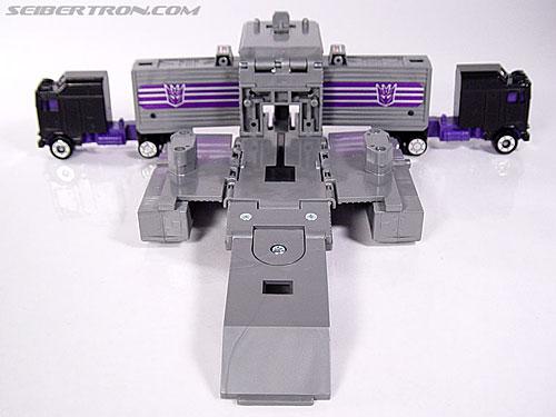 Transformers G1 1986 Motormaster (Image #30 of 76)