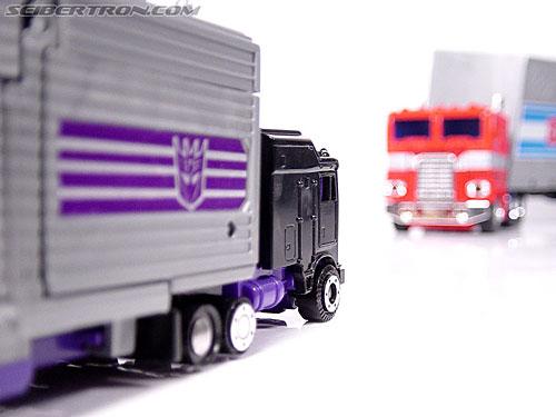 Transformers G1 1986 Motormaster (Image #39 of 76)