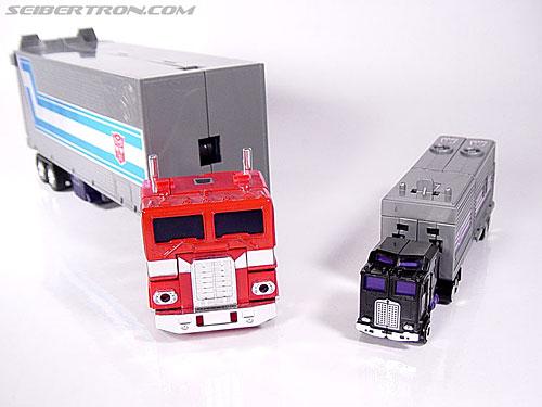 Transformers G1 1986 Motormaster (Image #42 of 76)
