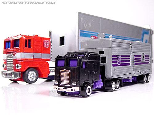 Transformers G1 1986 Motormaster (Image #46 of 76)