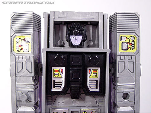 Transformers G1 1986 Motormaster (Image #47 of 76)
