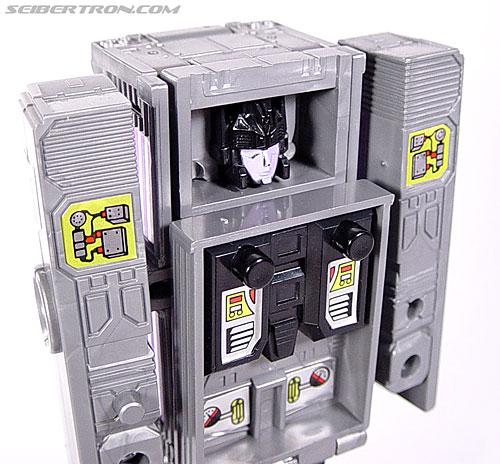 Transformers G1 1986 Motormaster (Image #53 of 76)