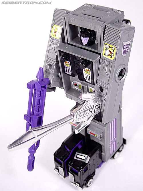 Transformers G1 1986 Motormaster (Image #59 of 76)