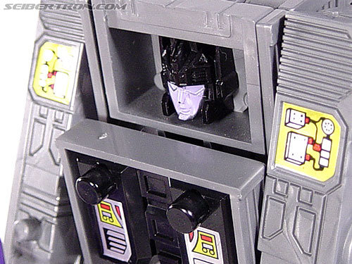 Transformers G1 1986 Motormaster (Image #61 of 76)
