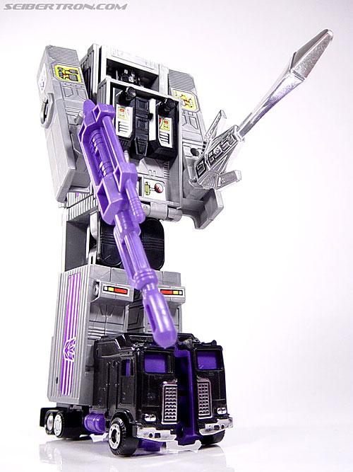 Transformers G1 1986 Motormaster (Image #65 of 76)