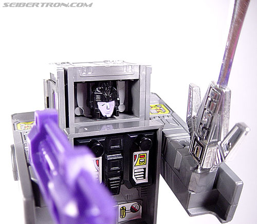 Transformers G1 1986 Motormaster (Image #68 of 76)