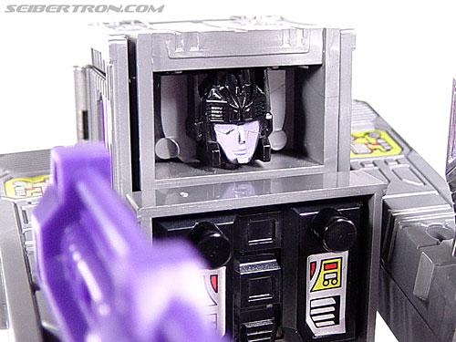 Transformers G1 1986 Motormaster (Image #69 of 76)