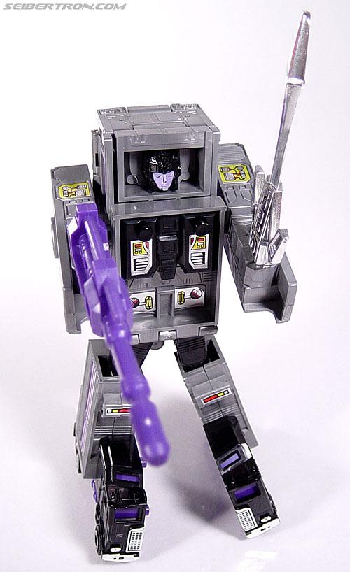 Transformers G1 1986 Motormaster (Image #70 of 76)