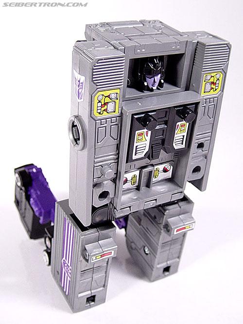 Transformers G1 1986 Motormaster (Image #73 of 76)
