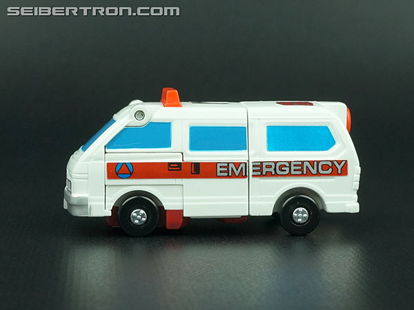Transformers G1 1986 First Aid (Image #21 of 78)