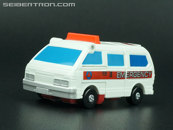 Transformers G1 1986 First Aid (Image #22 of 78)