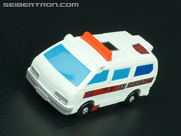 Transformers G1 1986 First Aid (Image #23 of 78)