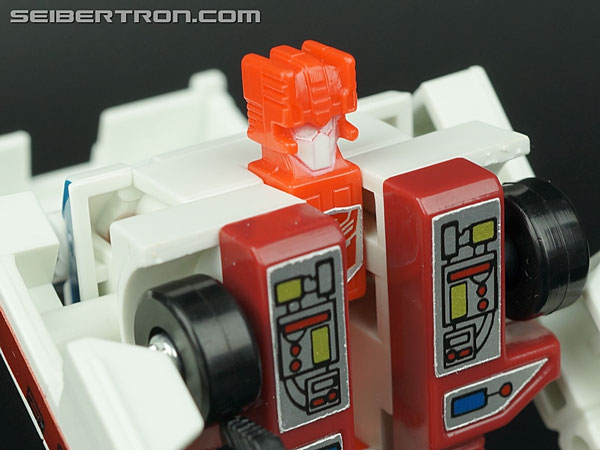 Transformers G1 1986 First Aid (Image #41 of 78)