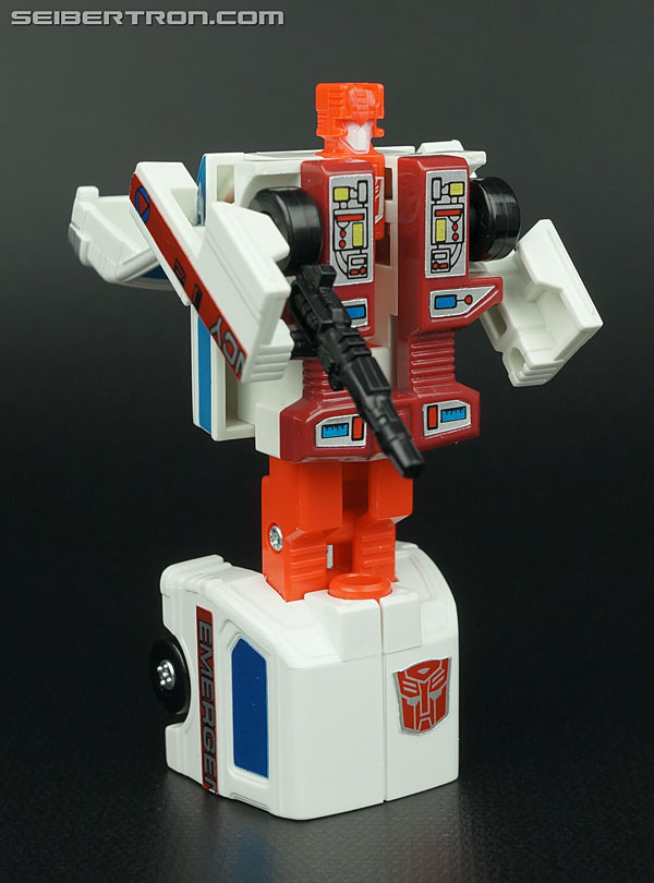 Transformers G1 1986 First Aid (Image #44 of 78)