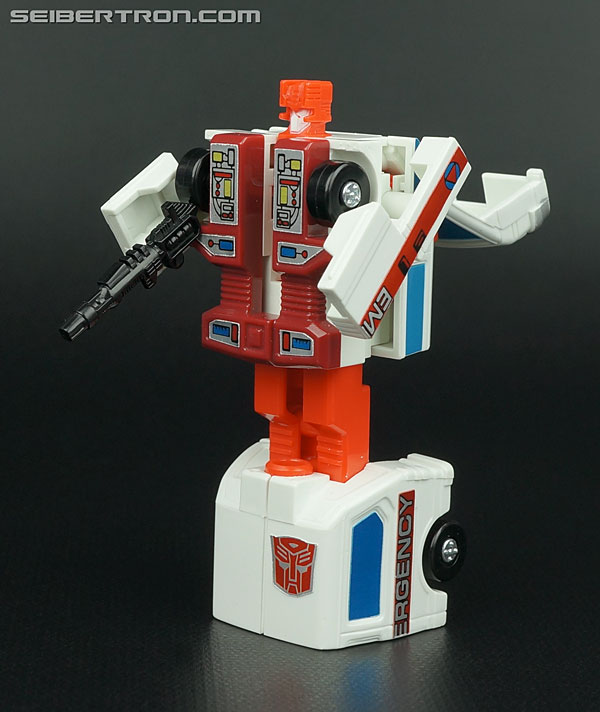 Transformers G1 1986 First Aid (Image #53 of 78)