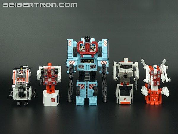 Transformers G1 1986 First Aid (Image #73 of 78)